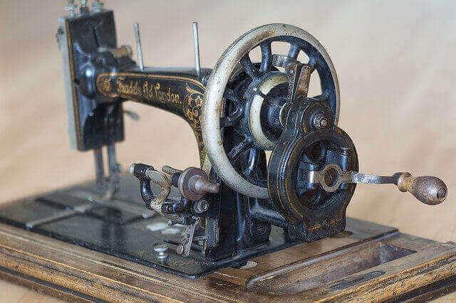 Sewing machine history